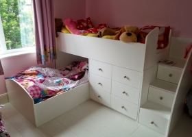 Childs Twin Bed with Drawer Storage