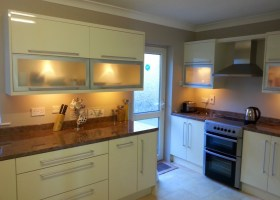 Cream High Gloss with Stainless Steel Doors