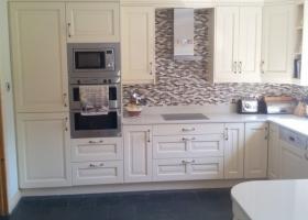 Cream Painted Kitchen with White Quartz Worktop