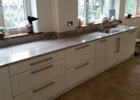 Ivory Shaker with Astoria Granite Tops