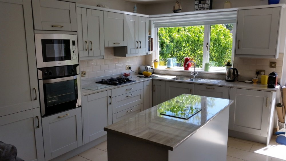 Awesome Grey Kitchen #1: Light-Grey-Shaker-with-Grey-Gloss-Worktop-2.jpg