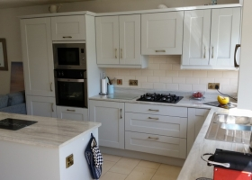 Light Grey Shaker with Grey Gloss Worktop